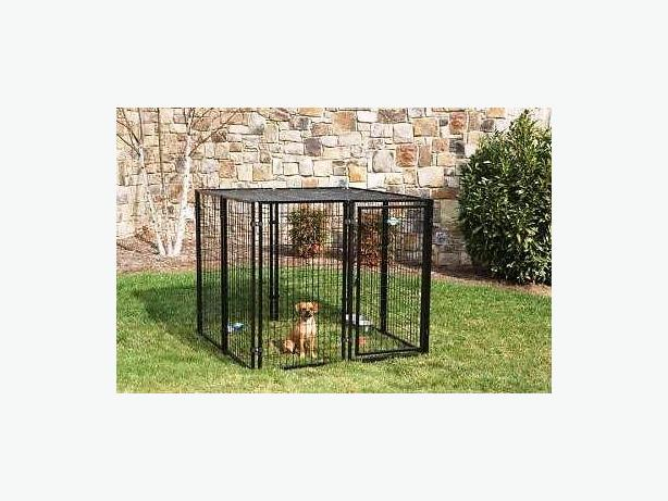 DOG ENCLOSURE/KENNEL WELL MADE SOLID 5ft x 4ft