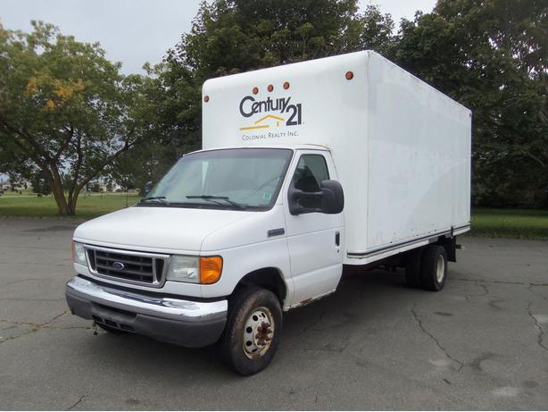 2007 FORD E-450 CUBE VAN !! 6.0LT DIESEL !! 124,000 K, *SELLING AS TRADED