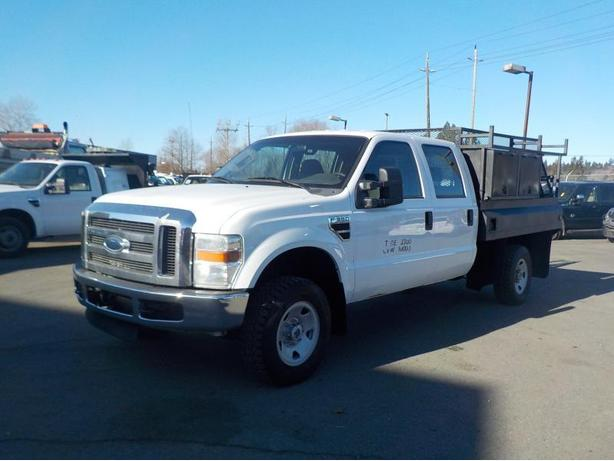 2009 Ford F-350 SD XL Crew Cab Long Box 4WD with Service Box