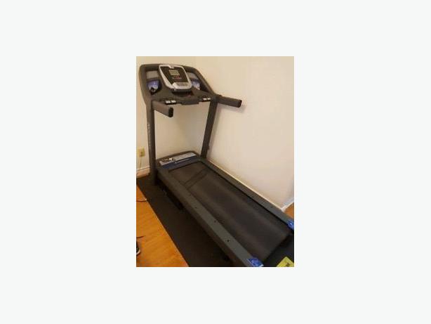 Horizon CT5.4 treadmill. free delivery