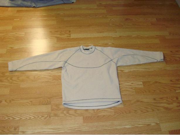 Like New Helly Hansen Beige Fleece Pullover Size Medium - $45