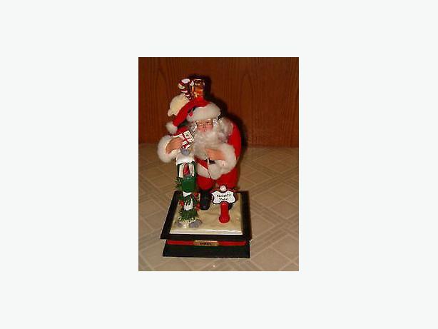 Christmas Noel Santa music box