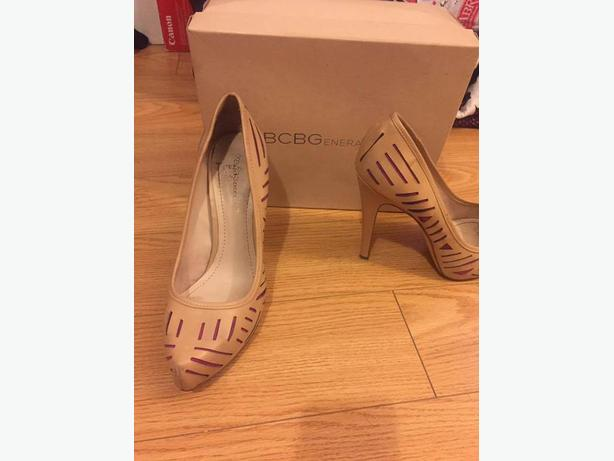 Size 10 not wide Fergie/BCBG Heels $100 per items
