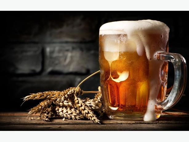 Lease a pub with liquor primary licence and off-sales.