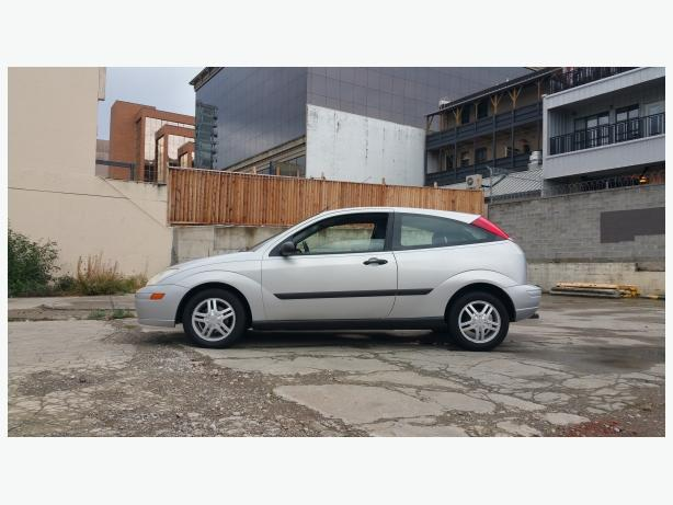 ** ON SALE!  2001 Ford Focus ZX3 - 153Kms. - 5 Spd. / 4Cyl.
