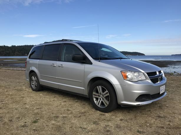 PRICE REDUCED!! 2012 Dodge Grand Caravan, Stow n Go