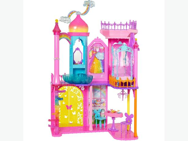 ==Sealed==Disney Princess Royal Dreams Castle $40 firm