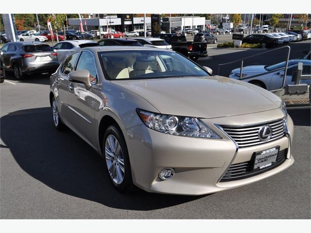 2014 Lexus ES 350 Touring Package No Accidents Service History
