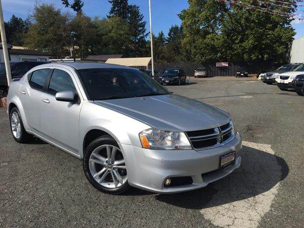 2012 Dodge Avenger! Low KMs! Finance Today!