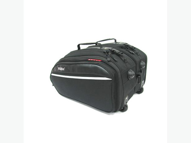 NICHE ROLLER SADDLEBAG SET FOR SALE 25% OFF (only one left)