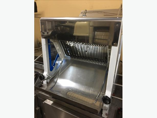 Thunderbird Bread Slicer ( With Warranty )