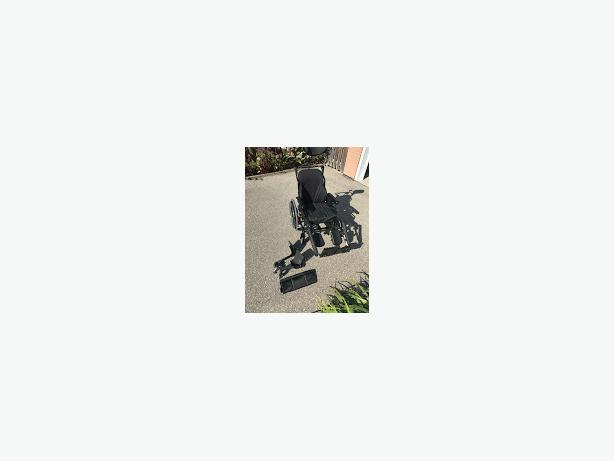 Manual Tilting Wheelchair