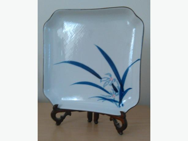 Beautiful Japanese Dish with Wooden Stand