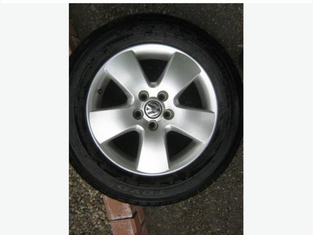 2003 Volkswagen Jetta Tires and Rims