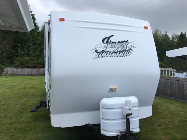2007 Jazz 2810BH Travel Trailer
