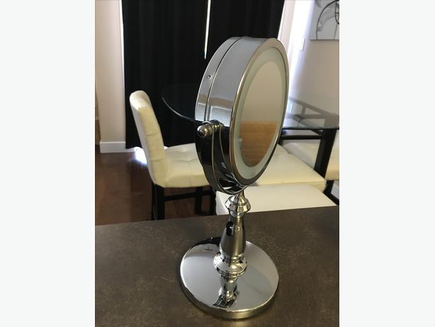 Danielle Creations cordless LED lit bathroom makeup mirror