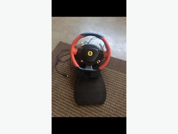 XBOX 1 Ferarri Racing Wheel