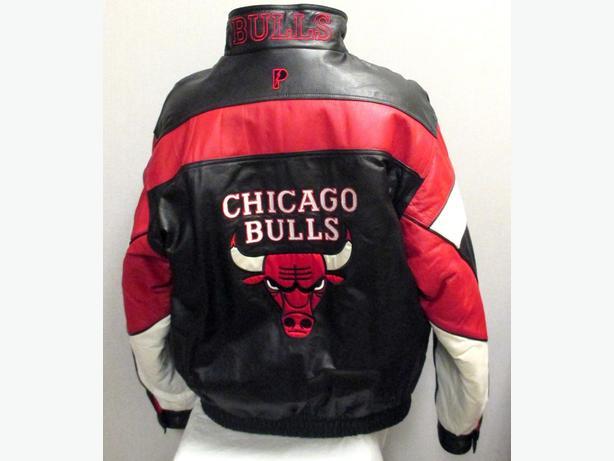 Vintage Chicago Bulls Pro Player Leather Jacket West Regina be00b9da31da