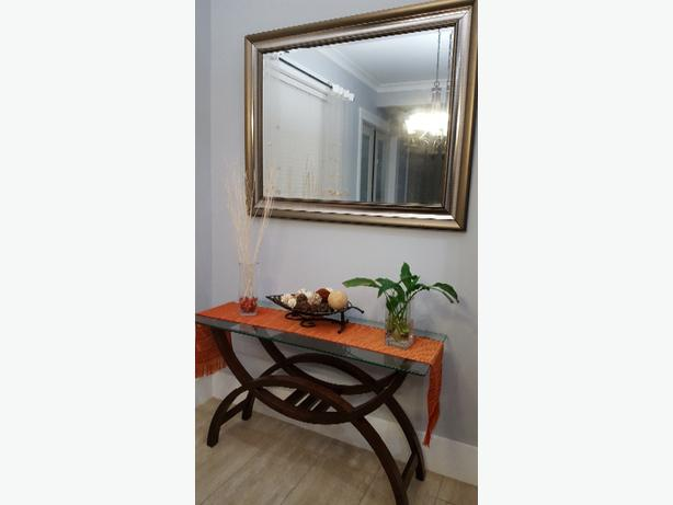 SOFA TABLE WITH MIRROR