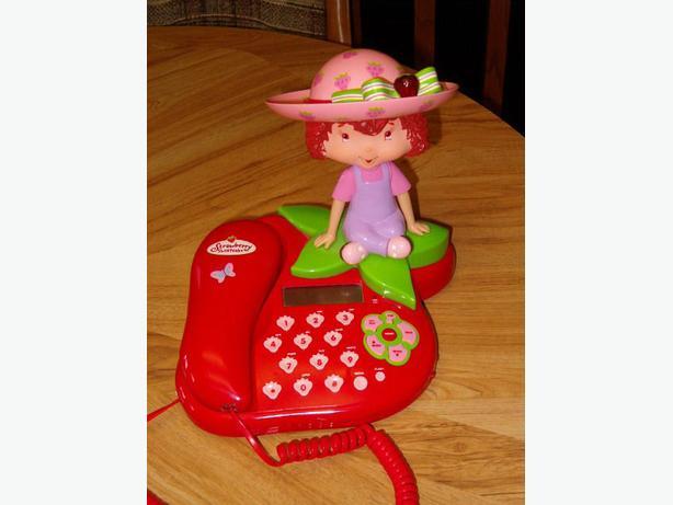 strawberry short cake phone