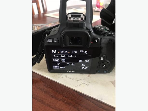 Canon EOS Rebel SL1 EOS 100D