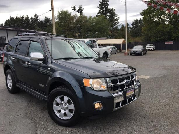 2008 Ford Escape Limited 4X4!
