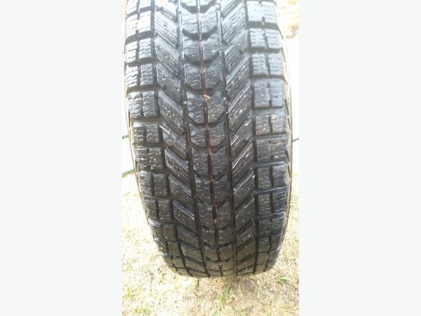 4 Firestone Winterforce Tires on Rims - Like New