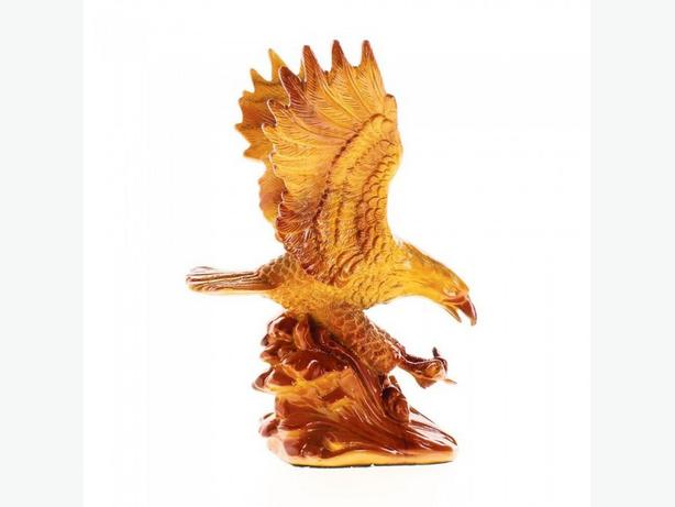 Wood-Look Eagle Figurine Statue Ornament Head Bust 2 Styles Mixed