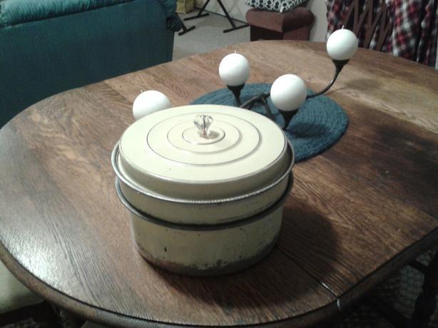 Three piece cake tin