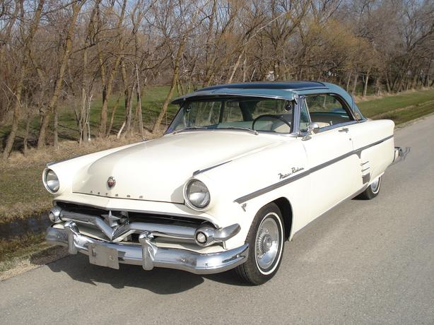 Very Rare 1954 Meteor Rideau Skyliner with Glass top