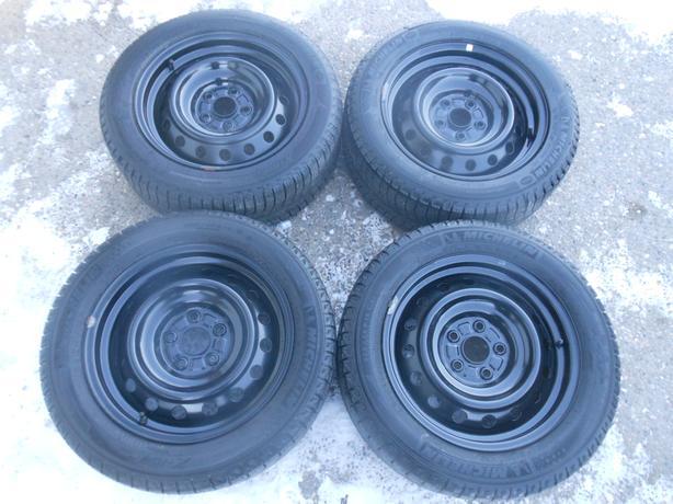 P205/55R16 Michelin X-ice Winter Tires on Steel Rims