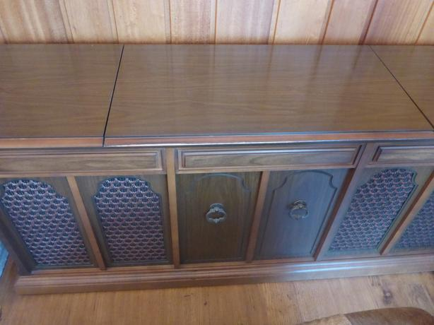 Antique Stereo Console with Turntable