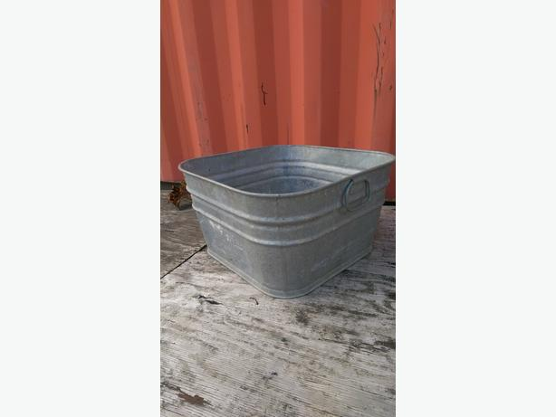 square galvanized wash tub