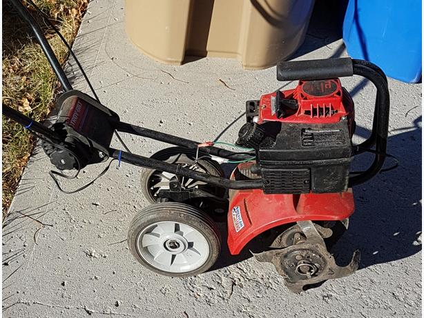 ROTOTILLER - NEEDS REPAIR
