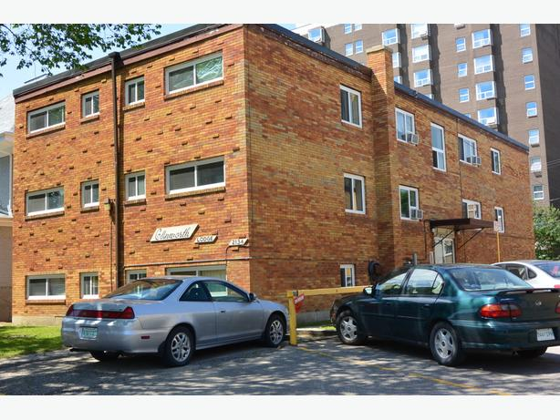 1 Bedroom  Rental near Downtown - 2134 Cornwall St.