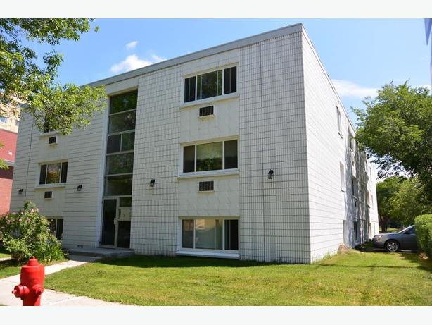 1 Bedroom Apartment Rental near Downtown - 2277 Cornwall St.