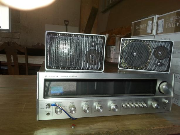 Sanyo Amp and speakers 70's vintage