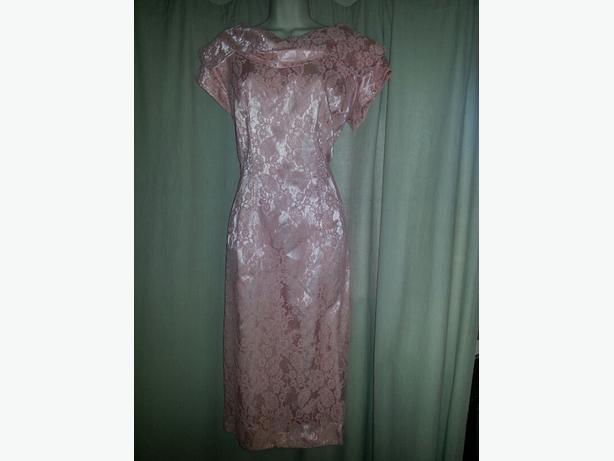 SALMON PINK / LACE RETRO DRESS