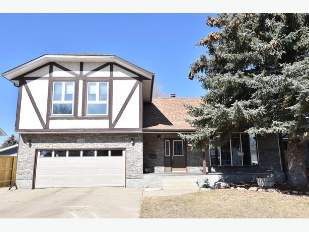 1608 Rutherford Street, Moose Jaw