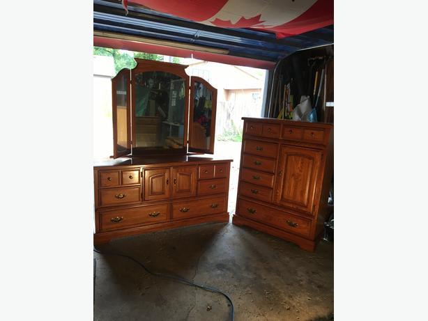 Solid Wood Dresser set