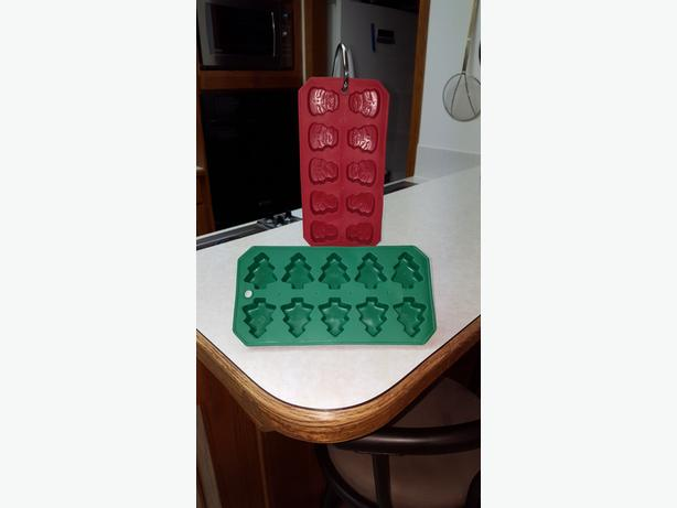 New Silicone Christmas ice cube trays