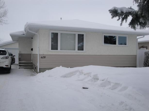 NorthWest Regina - 2 Bedroom Basement Suite - UTILITIES INCLUDED