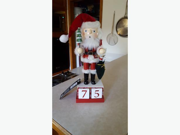 New Santa Nutcracker count down to Christmas