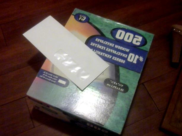 BRAND NEW BOX OF 500 WINDOW ENVELOPES $20