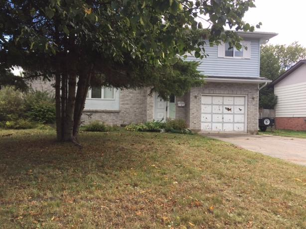 OPEN HOUSE!! 132 Parkland CRES  Sunday, Oct 15th, 2:00 PM - 4:00 PM