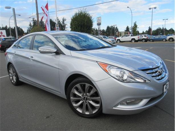 2011 Hyundai Sonata SE Turbo Sunroof Accident Free One Owner
