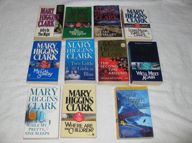 MARY HIGGINS CLARK - NOVELS (LOT 2) NICE SELECTION - CHECK IT OUT!