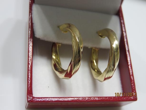 GOLD & WHITE GOLD EARRINGS