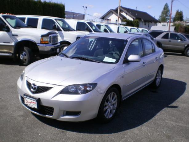 2008 Mazda Mazda3, 107000 km,