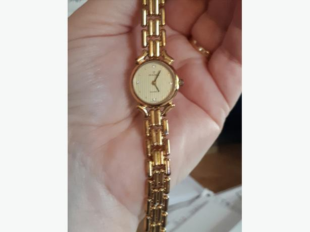 Ladies Onsa Watch With 4 Diamonds